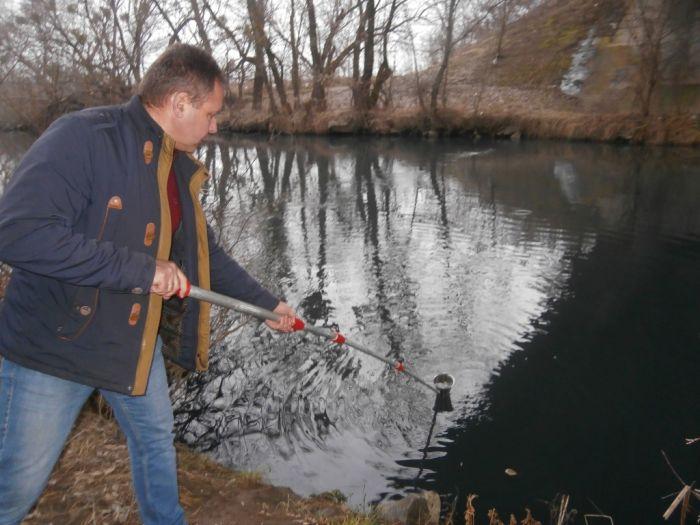 В річку Сіб скинули  неочищені стоки. Обласна екоінспекція з'ясовує причини.