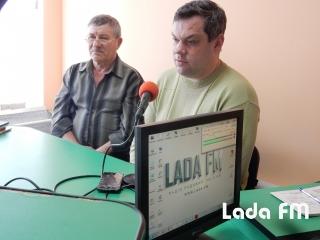 Радіо  Лада ФМ: На місці масових розстрілів євреїв поблизу Ладижина не співають птахи і стишується вітер...