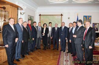 http//lad.vn.ua/politik/uploads/images/default/5384_773c656fd8aec979cadd9fa259d0b67e_550_0_0.jpg