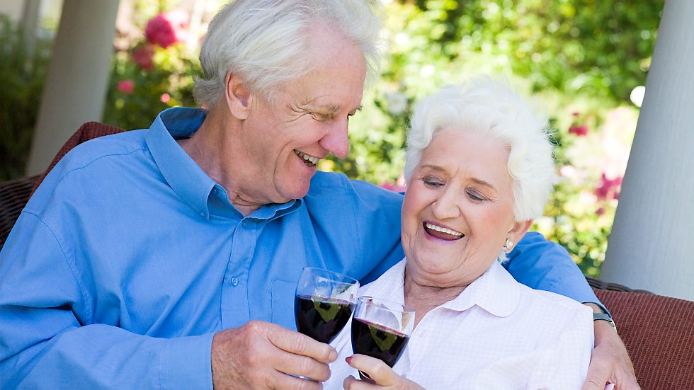 Los Angeles International Seniors Online Dating Service