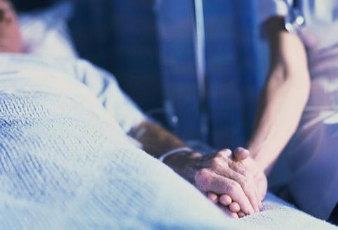 Більше 700    жителів Ладижина хворі на рак