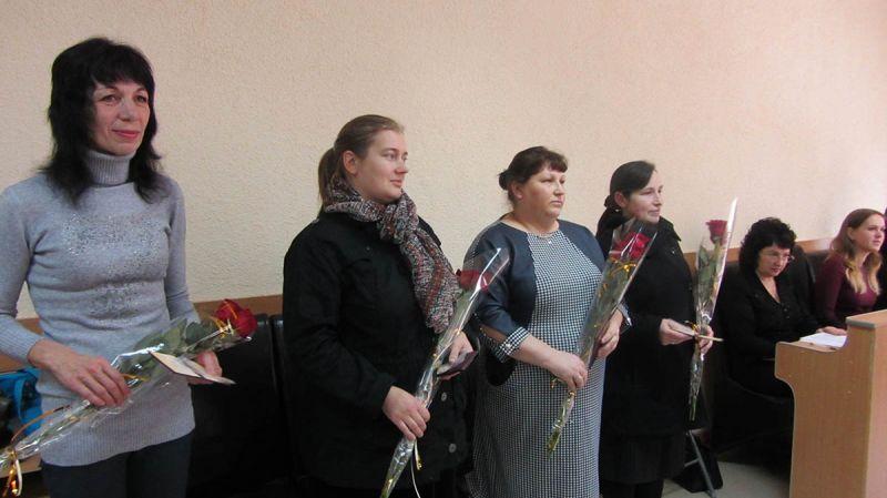 Ладижинські  багатодітні матері отримали  звання